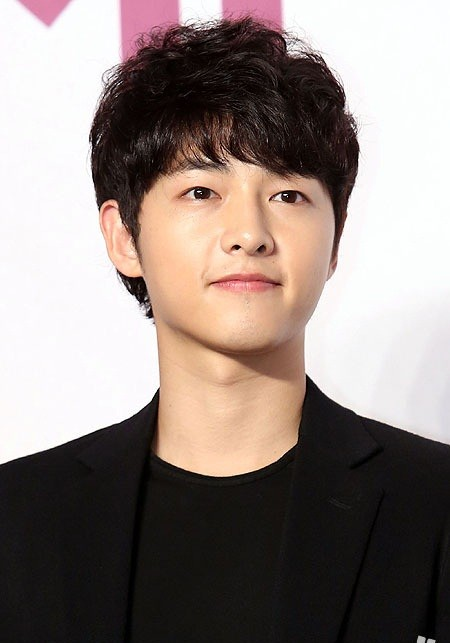 50934-song-joong-ki-joins-blossom-entertainment