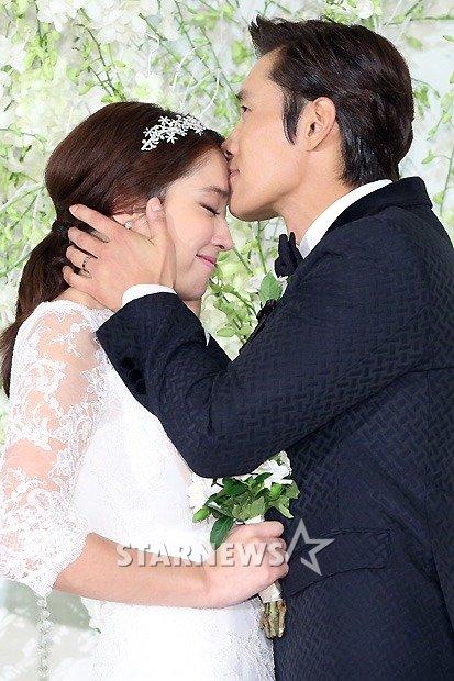 lee-byung-hun-lee-min-jung-wedding-2