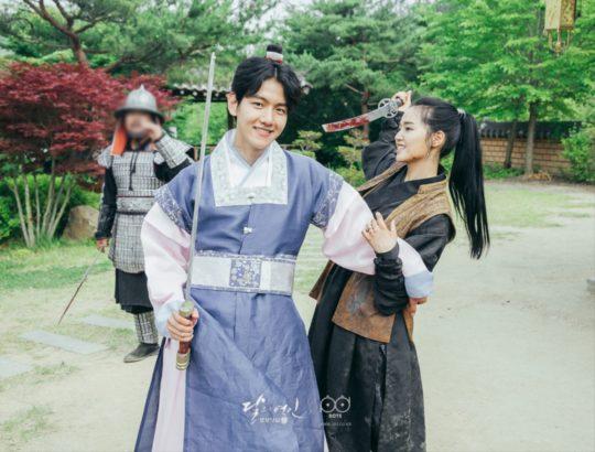 EXO-Baekhyun-Z.Hera_-540x410.jpg