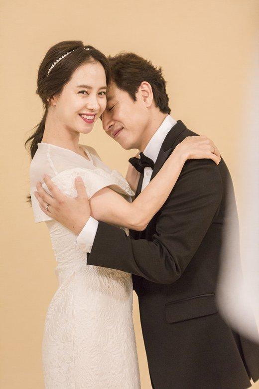 lee-sun-gyun-song-ji-hyo-2