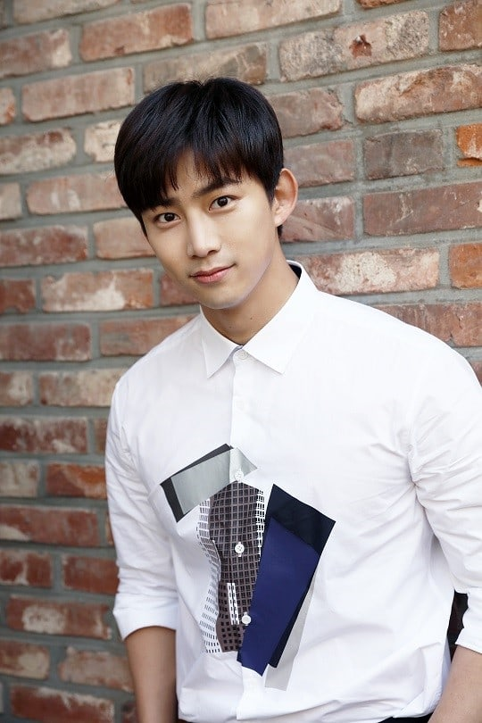 2PM-Taecyeon-2.jpg